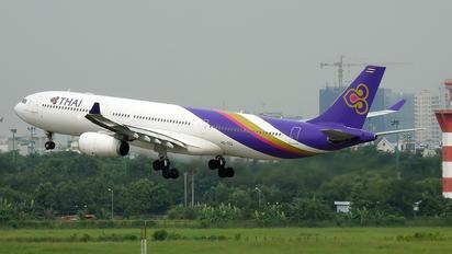HS-TEQ - Thai Airways Airbus A330-300
