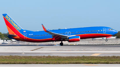 N8318F - Southwest Airlines Boeing 737-8H6