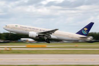 HZ-AKJ - Saudi Arabian Airlines Boeing 777-200ER