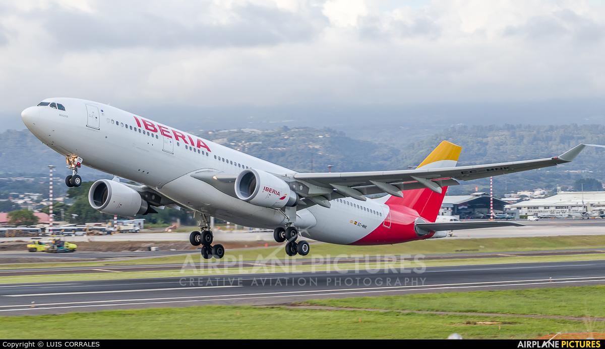 Iberia EC-MNK aircraft at San Jose - Juan Santamaría Intl