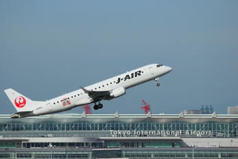 JA250J - J-Air Embraer ERJ-190 (190-100)