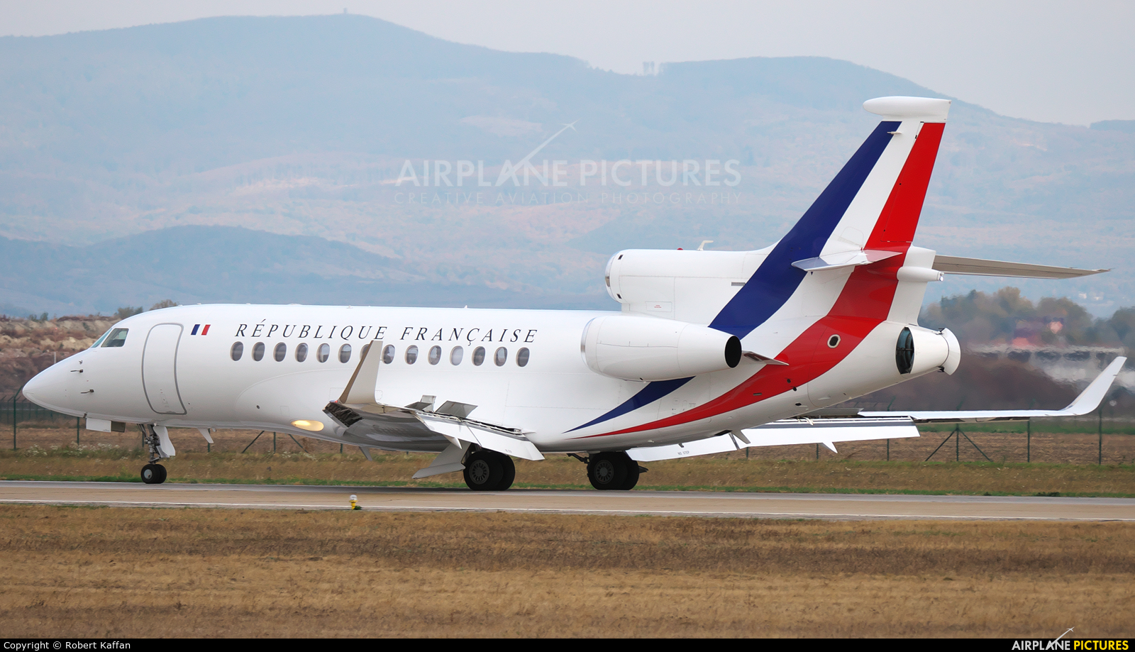 f rafa france air force dassault falcon 7x at bratislava m r