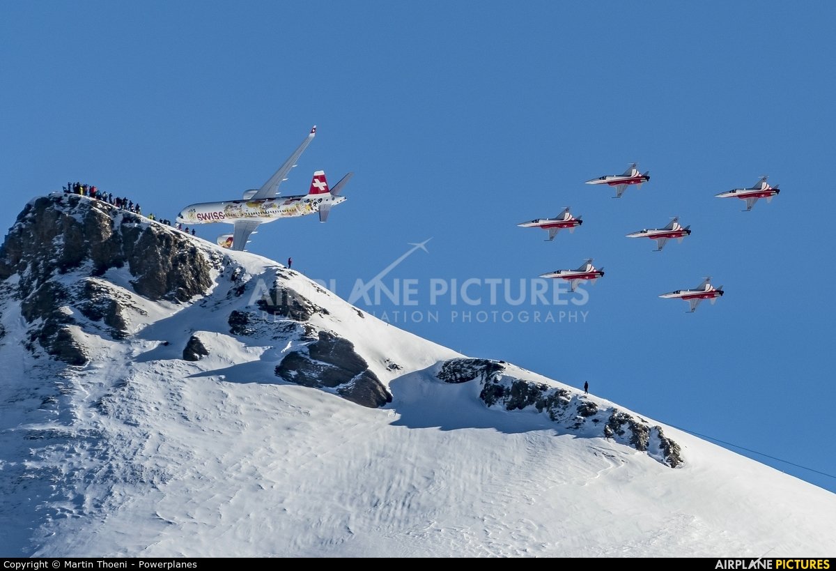 Swiss HB-JCA aircraft at Lauberhorn