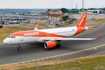 OE-IJX - easyJet Europe Airbus A320