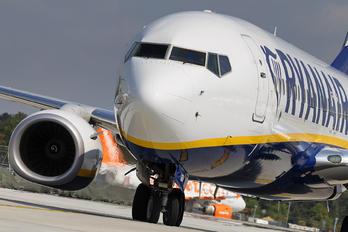 EI-GDV - Ryanair Boeing 737-8AS