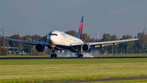 N155DL - Delta Air Lines Boeing 767-300ER aircraft
