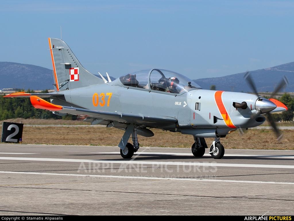 """Poland - Air Force """"Orlik Acrobatic Group"""" 037 aircraft at Tanagra"""
