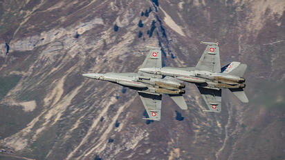 J-5012 - Switzerland - Air Force McDonnell Douglas F/A-18C Hornet