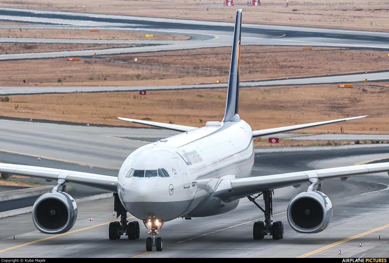 Lufthansa D-AIKL aircraft at Frankfurt