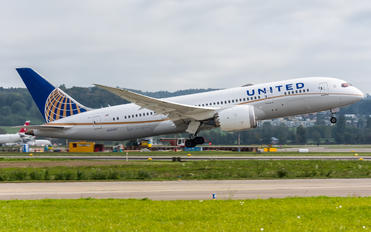 N30913 - United Airlines Boeing 787-8 Dreamliner