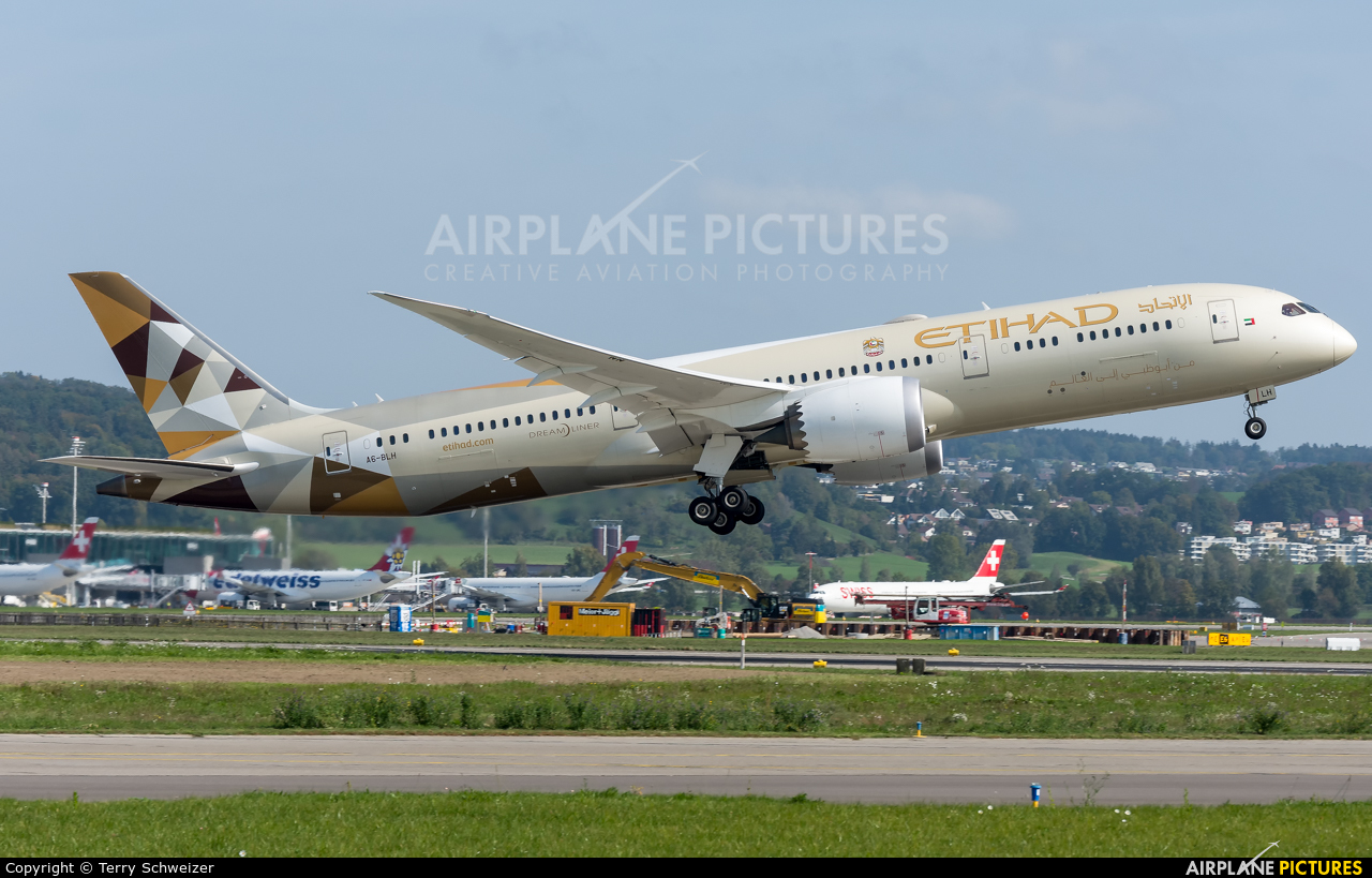 Etihad Airways A6-BLH aircraft at Zurich