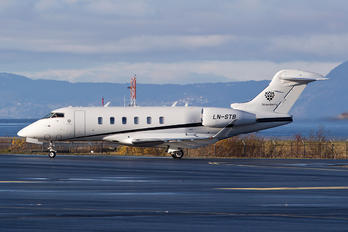 LN-STB - Sundt Air Bombardier BD-100 Challenger 350 series
