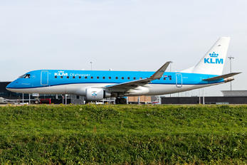 PH-EXT - KLM Cityhopper Embraer ERJ-175 (170-200)