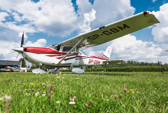 SP-GBM - Private Cessna 182T Skylane