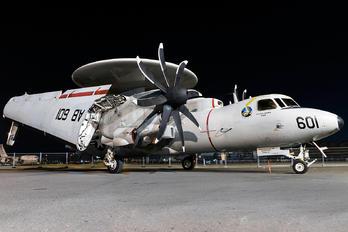 168276 - USA - Navy Grumman E-2C Hawkeye