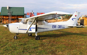 EW-385LL - Private Cessna 172 Skyhawk (all models except RG)
