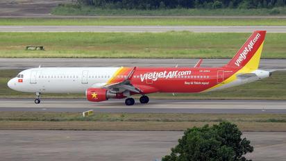 VN-A684 - VietJet Air Airbus A321