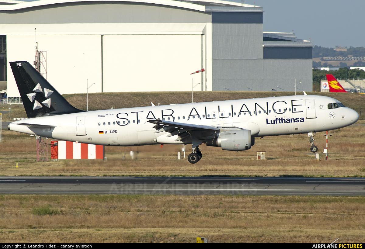 Lufthansa D-AIPD aircraft at Toulouse - Blagnac