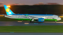 UK78703 - Uzbekistan Airways Boeing 787-8 Dreamliner aircraft