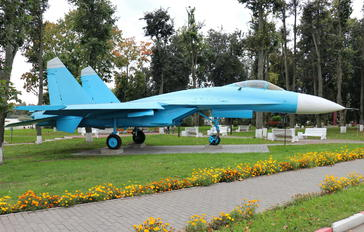 32 - Belarus - Air Force Sukhoi Su-27