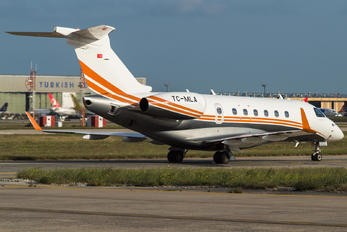 TC-MLA - Private Embraer EMB-550 Legacy 500