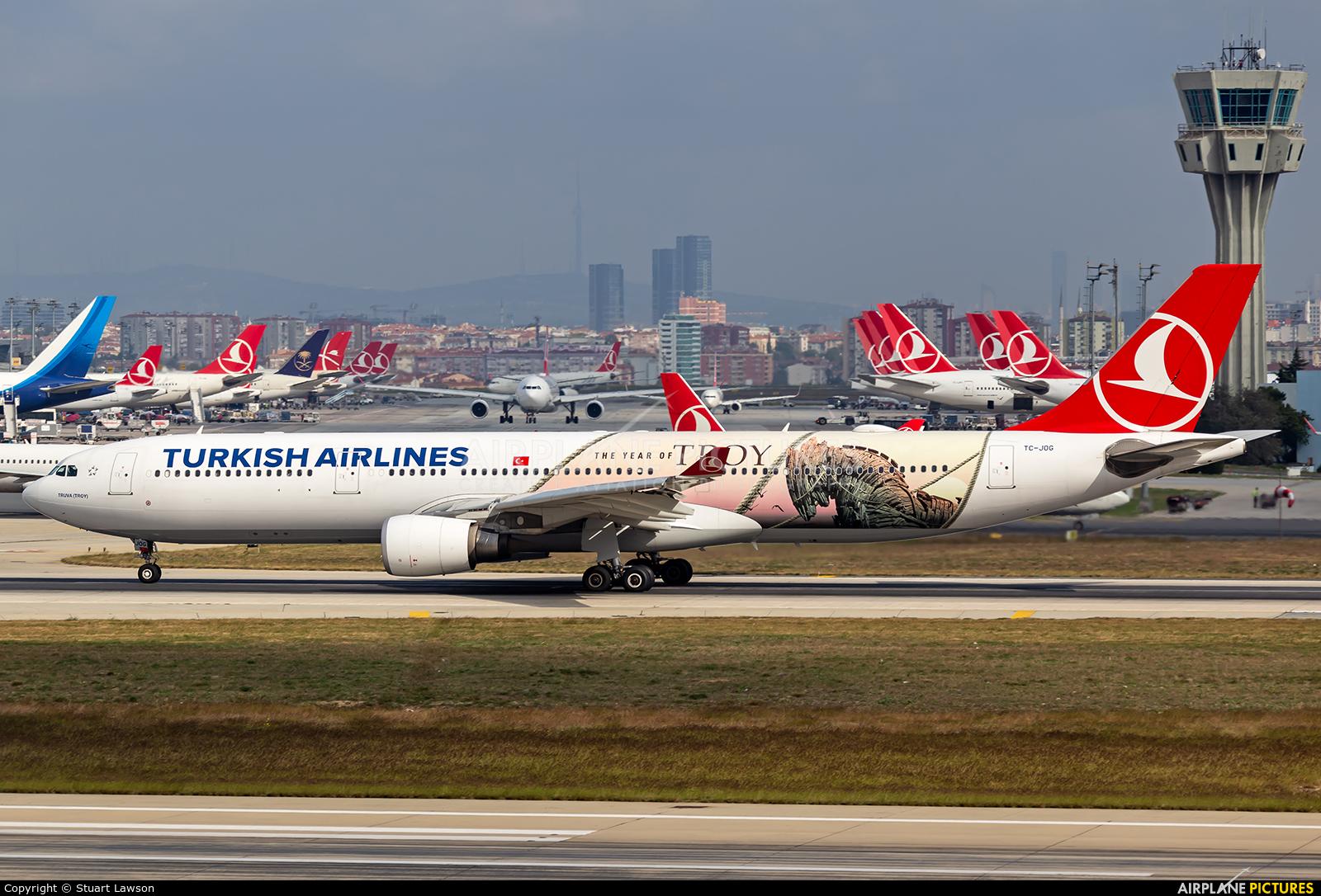 Turkish Airlines TC-JOG aircraft at Istanbul - Ataturk