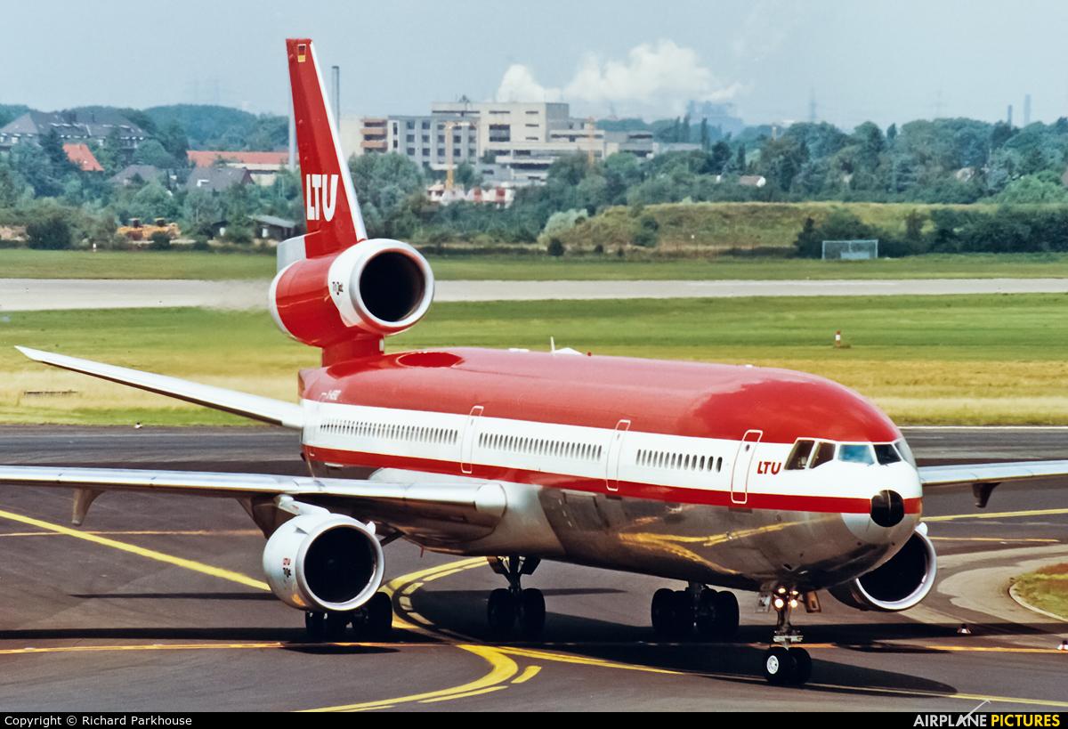 LTU D-AERZ aircraft at Düsseldorf