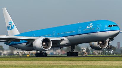 PH-BVK - KLM Boeing 777-300ER
