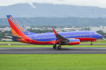 N7811F - Southwest Airlines Boeing 737-700