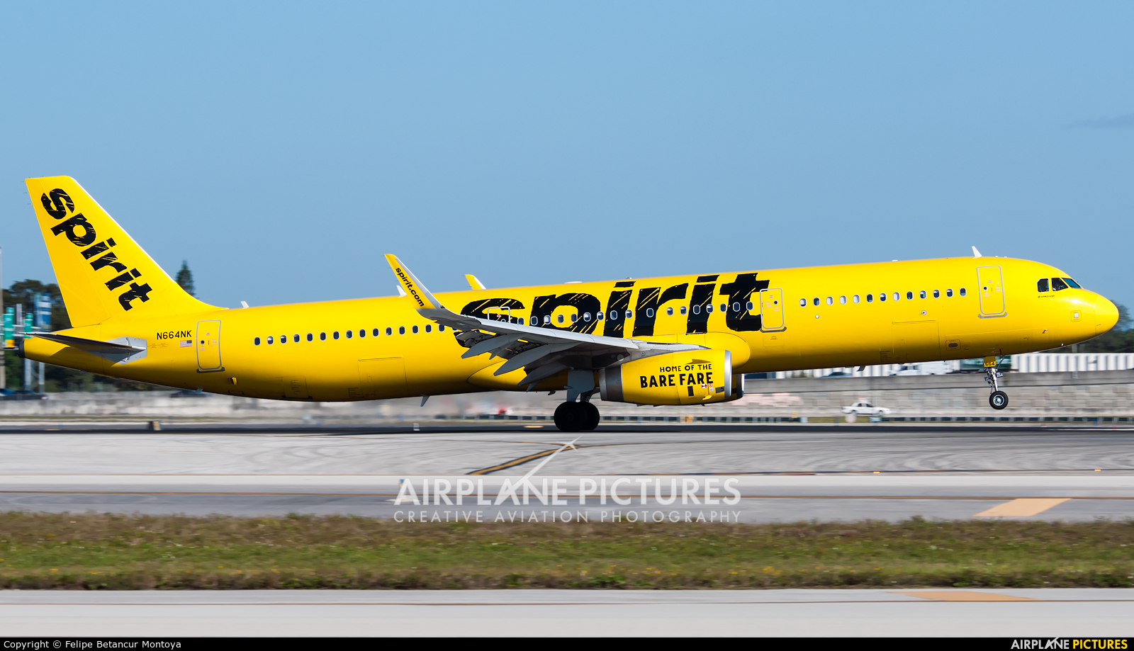 Spirit Airlines N664NK aircraft at Fort Lauderdale - Hollywood Intl