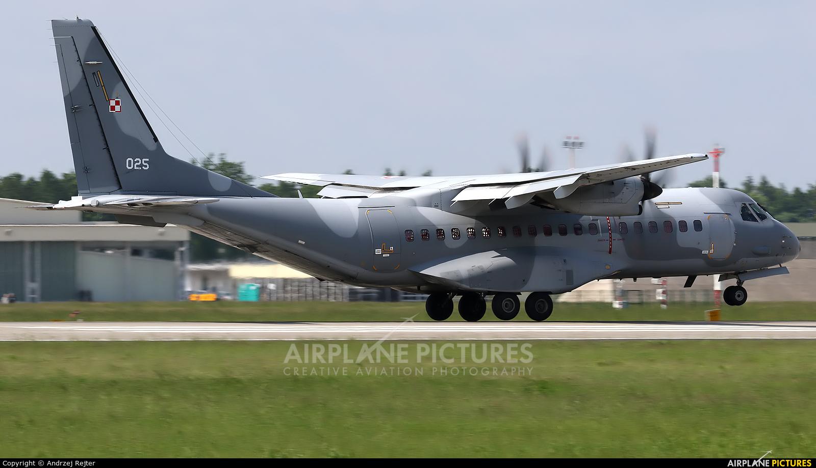Poland - Air Force 025 aircraft at Poznań - Krzesiny