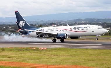 XA-AMA - Aeromexico Boeing 737-800