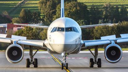 D-AIUS - Lufthansa Airbus A320