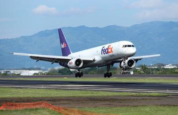 N936FD - FedEx Federal Express Boeing 757-223(SF)
