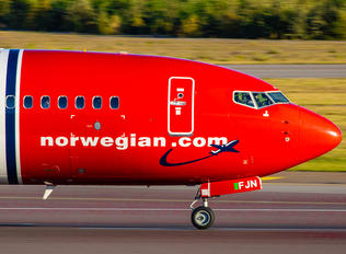 EI-FJN - Norwegian Air International Boeing 737-800