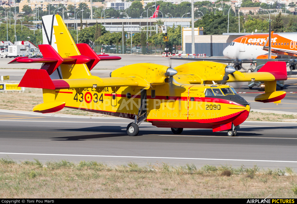 Spain - Air Force UD.14-04 aircraft at Palma de Mallorca