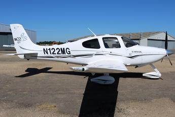 N122MG - Private Cirrus SR22