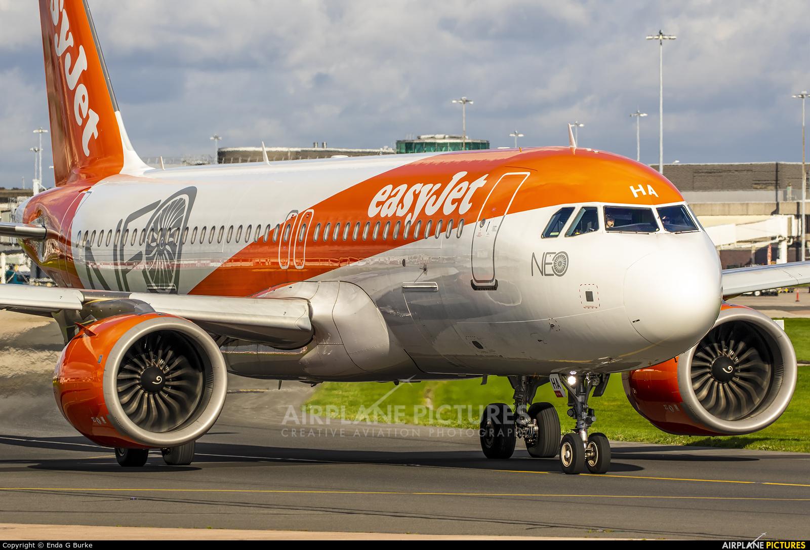 easyJet G-UZHA aircraft at Manchester