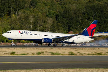 N903DN - Delta Air Lines Boeing 737-900ER