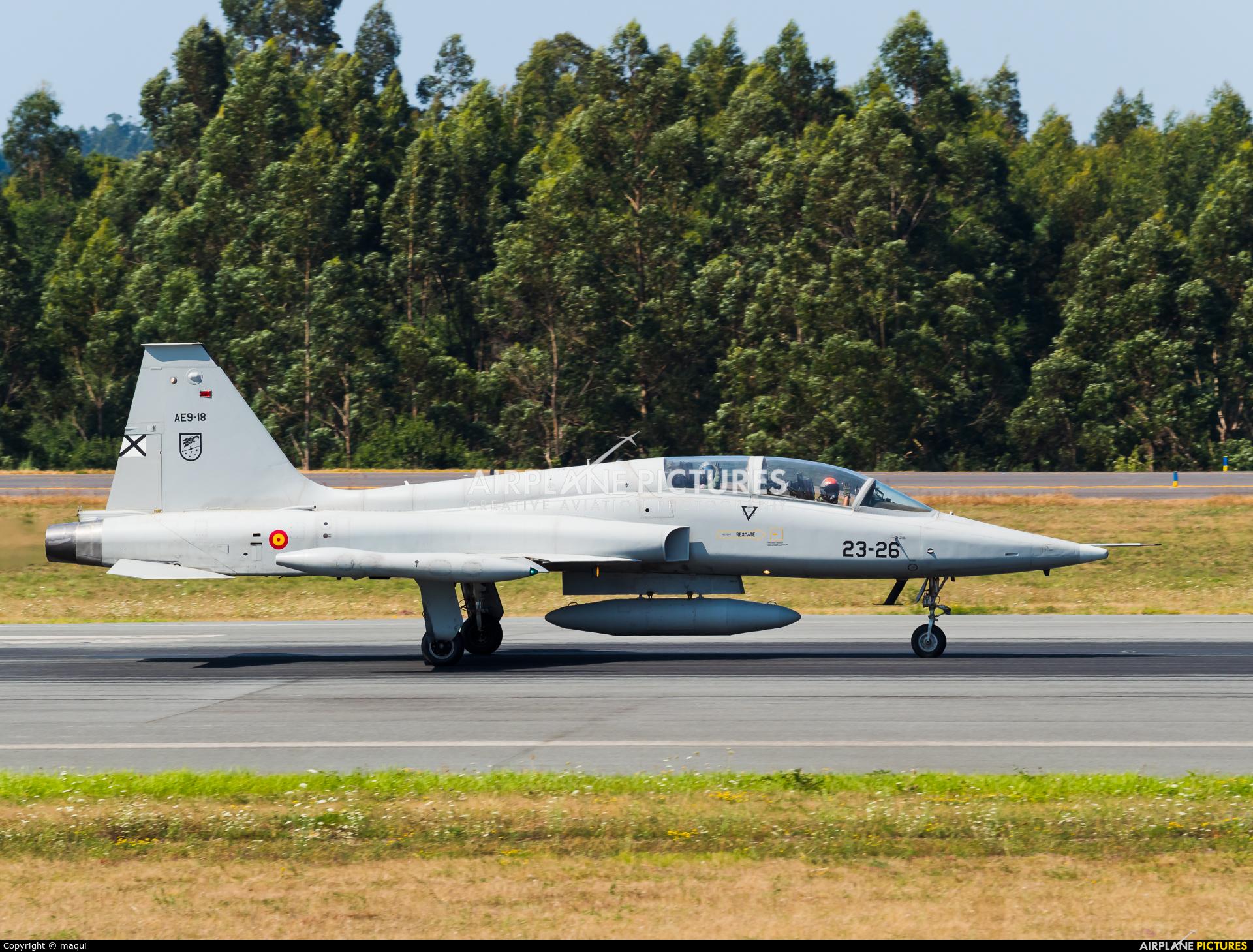 Spain - Air Force AE.9-018 aircraft at Santiago de Compostela