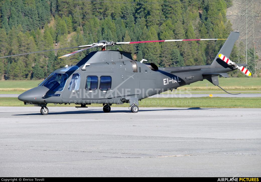 Unknown EI-IAL aircraft at Samedan - Engadin