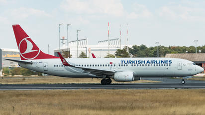 TC-JHS - Turkish Airlines Boeing 737-800