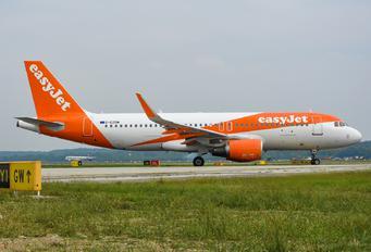 G-EZOM - easyJet Airbus A320