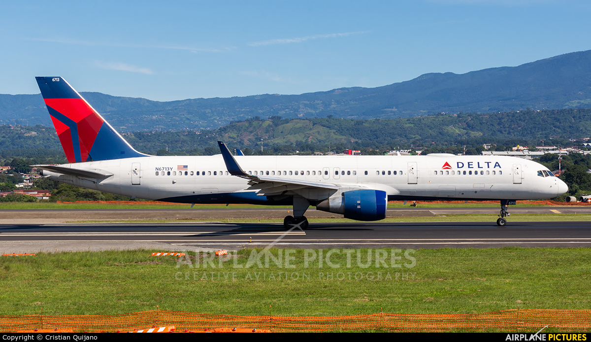 Delta Air Lines N6713Y aircraft at San Jose - Juan Santamaría Intl