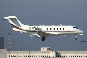 CS-CHF - Private Bombardier BD-100 Challenger 350 series