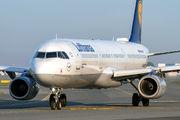 D-AISD - Lufthansa Airbus A321 aircraft