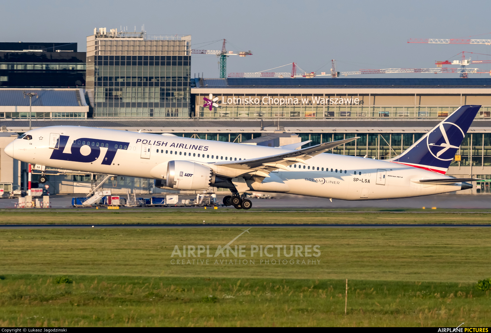 LOT - Polish Airlines SP-LSA aircraft at Warsaw - Frederic Chopin