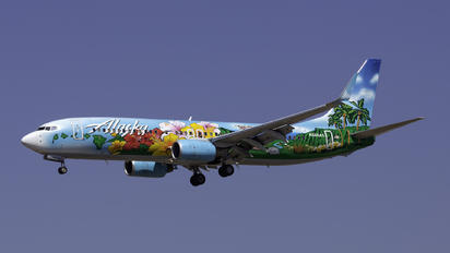 N560AS - Alaska Airlines Boeing 737-800