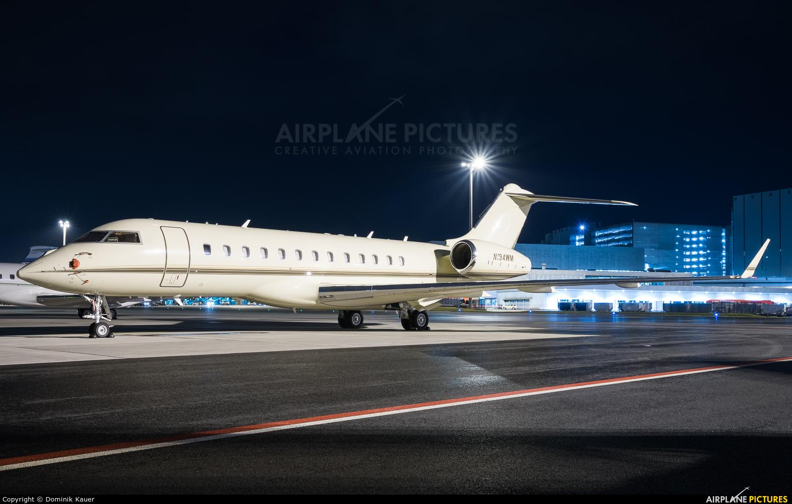 Private N194WM aircraft at Zurich