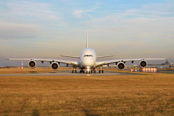 A6-EUT - Emirates Airlines Airbus A380